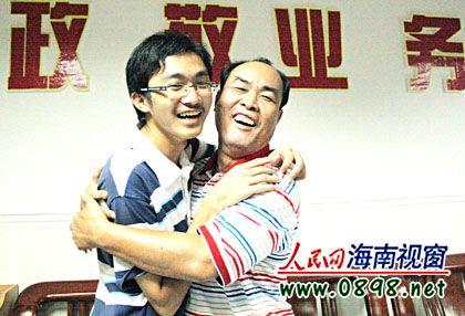 对话2009年海南高考理科状元:想报清华大学